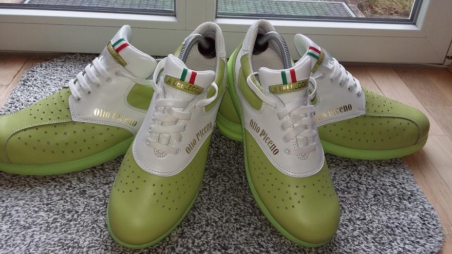 Größe 45 und 39 - Unsere Olio Piceno-Schuhe