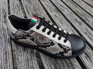 36 Sneakers Boa Schwarz