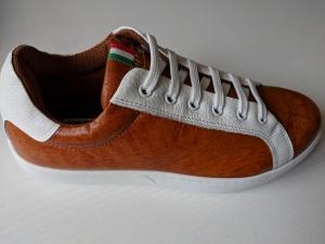 38 Sneakers Sofaleder
