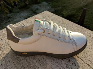 35,5 Weiß für kleine Füße