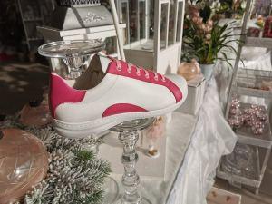 Pink-Weißer