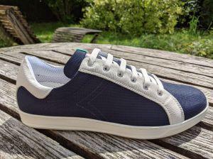 Sneakers blau-weiß